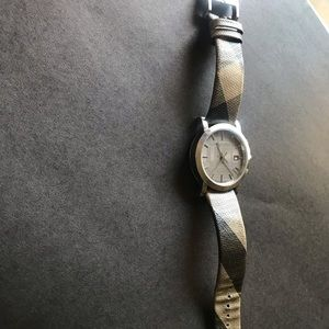 AUTHENTIC burberry watch.